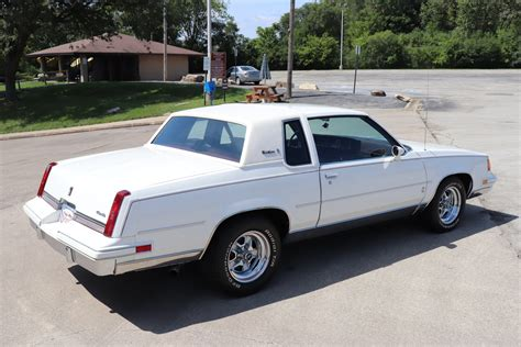 cutlass supreme 1987 oldsmobile cutlass supreme midwest car exchange