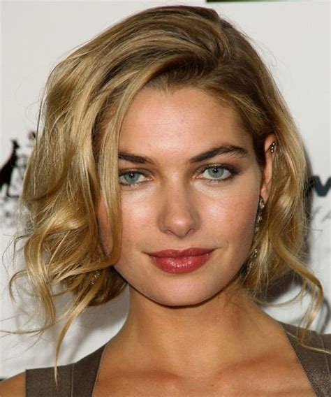 casual hairstyles for medium thick hair jessica hart casual medium hairstyle casual everyday