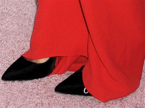 Name Hiltons Pumps by Nicky Rothschild Keeps Comfy In Oscar De