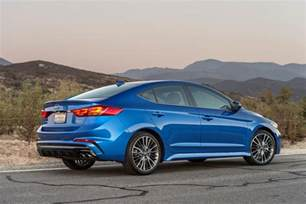 2017 hyundai elantra sport pricing and specs