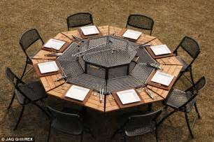 bbq grill picnic table the barbecue picnic table that means everyone can play