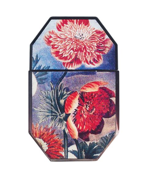 Stella Mccartney Stella Mccartney To Design Limited Edition Travel Collections For Lesportsac by Stella Mccartney S Limited Edition Fragrance Bottles Flare