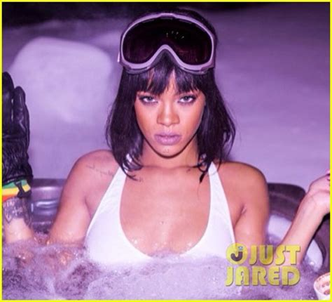 full sized photo of rihanna flaunts body on snowy