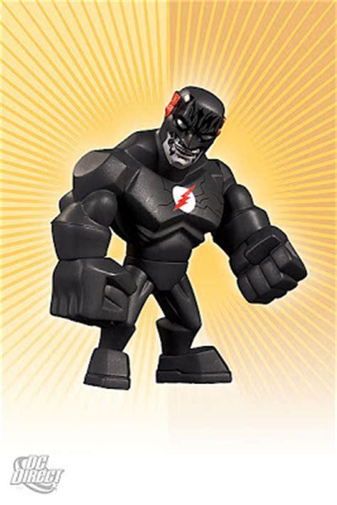 Uni Formz Armored Batmanvinyl Figure the blot says the flash uni formz vinyl figures