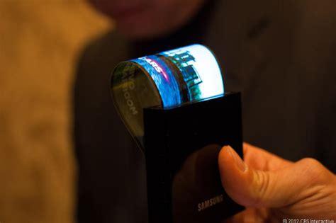 Samsung Youm by Ces 2013 Samsung Youm L 233 Cran Souple Pour Smartphones
