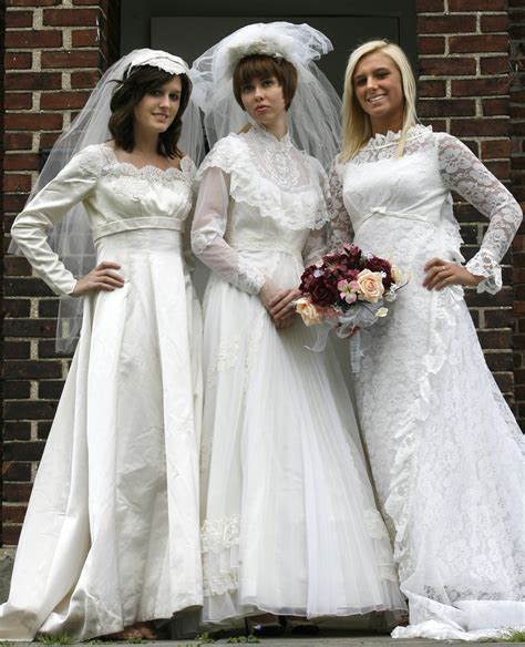 Wedding Dress History by 25 Wedding Dresses Reflect 100 Years Of Area History