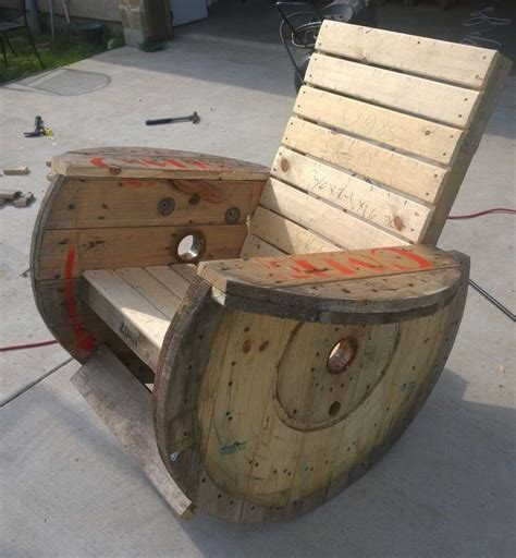 Wooden Spool Chair by 25 Best Ideas About Wooden Spool Projects On