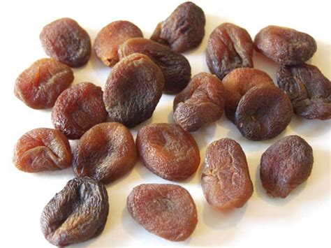organic dried apricots whole or diced bulk retail pack