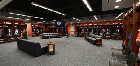 best college baseball locker rooms 17 best images about locker room on the locker room ohio and lockers