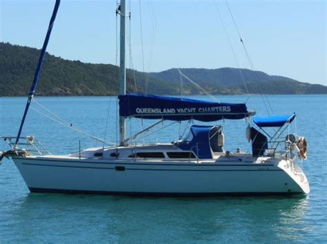 charter boat to catalina sailboat charter catalina 320 motor boat rentals sailing
