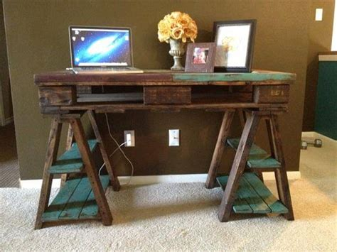 distressed wood computer desk diy pallet wood distressed table computer desk 101 pallets