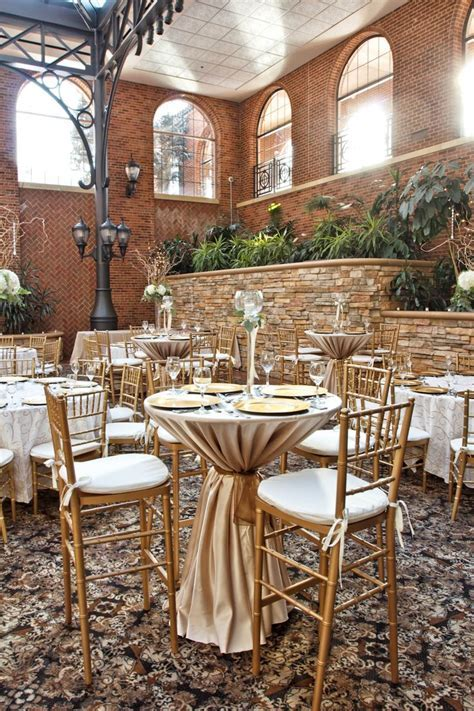 Love the hi boy seating for a wedding reception, and the
