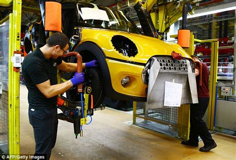 Motor Trade Jobs Abroad by Car Makers Hit Out At The Government S Brexit Plans This