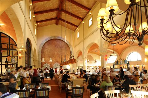 best restaurants in napoli review lunch at via napoli in epcot s italy pavilion
