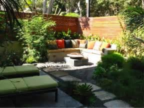 a cozy patio debora carl landscape design