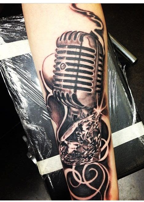 tattoo de microphone old school microphone and diamond tattoo rockabilly