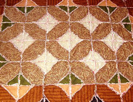 make a rag strip christmas tree free quilt patterns