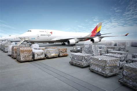 march air freight growth hits  year high joccom