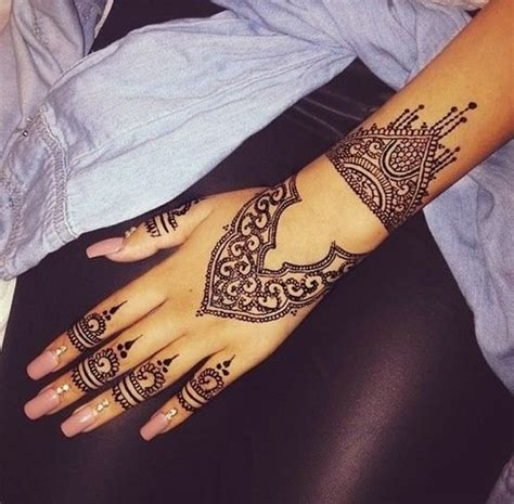 henna tattoo and nails henna black nails creative nail
