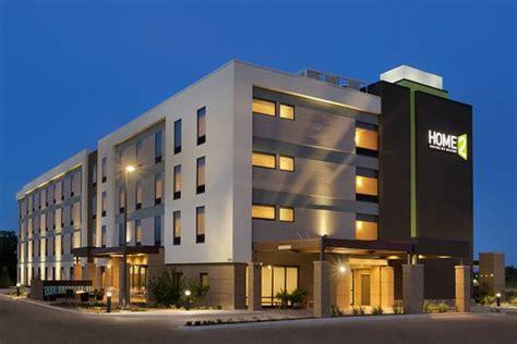Quality Inn & Suites Near University   Hotel   2410 S New