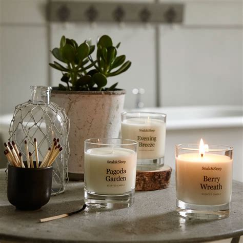 best scented candles for bedroom 10 of the best scented candles for autumn winter design hunter