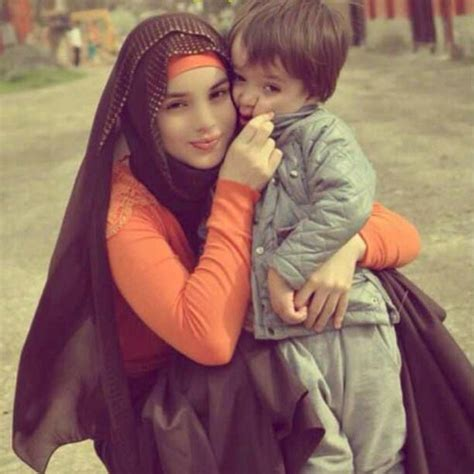 42 photos of beautiful hijab girls with their cute kids