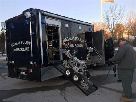 nashua bomb squad called for suspicious package on