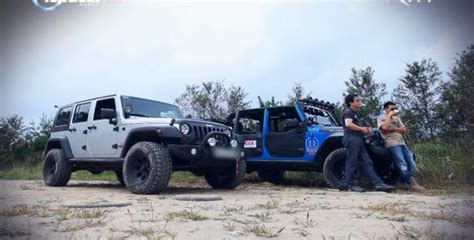 Top Gear Jeep Wrangler Imcdb Org Jeep Wrangler Unlimited Rubicon Jk In Quot Top