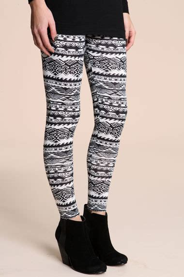 aztec pattern leggings outfit aztec leggings on tumblr