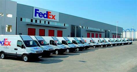fedex se establece en la antigua planta de seat en la zona