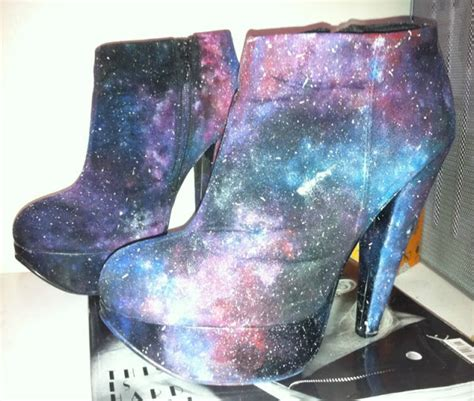 diy galaxy shoes tutorial painting diy galaxy print fashion