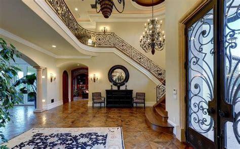 kim kardashian home decor a peek inside kim kardashian kanye west s new home