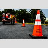 Traffic Cones On Road | 636 x 398 png 475kB