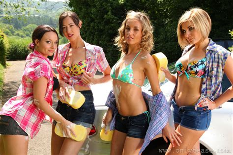 ten girl car wash at onlytease the only girls melanie walsh carla brown naomi k rosie w shorts formal