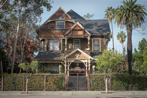 old homes inside the forgotten neighborhood in los angeles that s