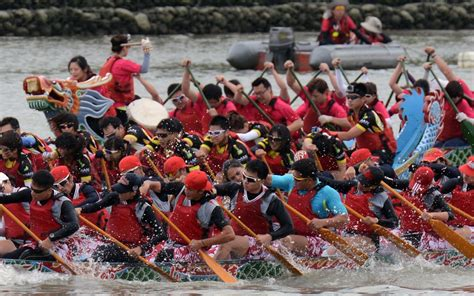 singapore dragon boat festival 2018 results competitors flock to compete in the annual boat race