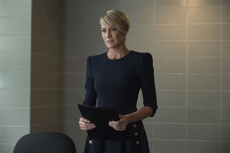 house of cards season 3 episodes review house of cards season 3 episode 6 chapter 32 breaks claire indiewire