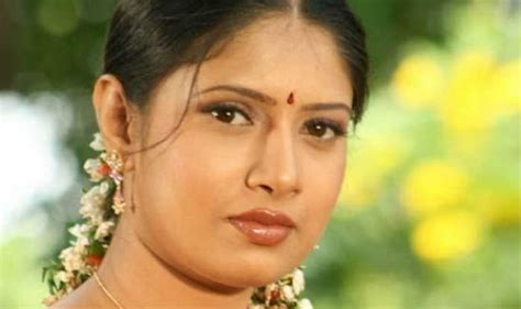 old actress name tamil actress sanghavi marries it professional n venkatesh