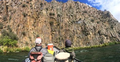 rugged outfitters locations rugged cliffs along the river picture of river runner outfitters maupin tripadvisor