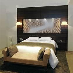 les bonnes raisons d avoir des t 234 tes de lit design