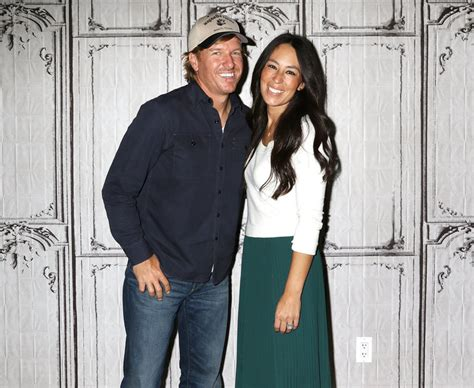 cast of fixer upper fixer upper casting call seemingly confirms parts of the