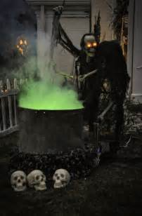decorating with lights outdoors 48 creepy outdoor decoration ideas