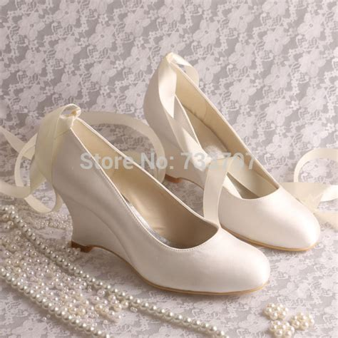 Brautschuhe Ivory Flacher Absatz by Wedopus Dropshiping Ivory Satin Wedge Heels Pumps Wedding