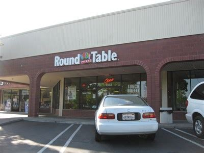 Table Pizza Livermore Ca by Table Pizza Stanley Livermore Ca Pizza Shops