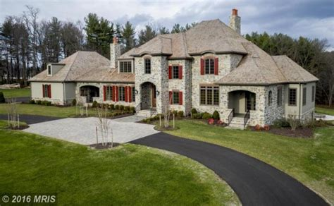 10000 sq ft house 10 000 square foot newly built mansion on a 20 acre farm