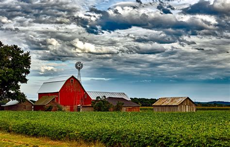 Small American Towns by Country Living Live The Good Life In Rural America
