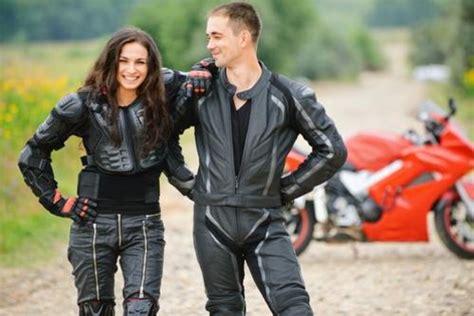 Wir Kaufen Dein Motorrad Sterreich by Motorrad Lederhose Kaufen Tipps F 252 R Den Kauf Asklubo