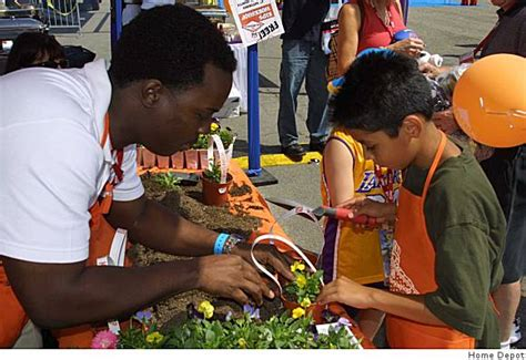 r those nigerians working at home depot