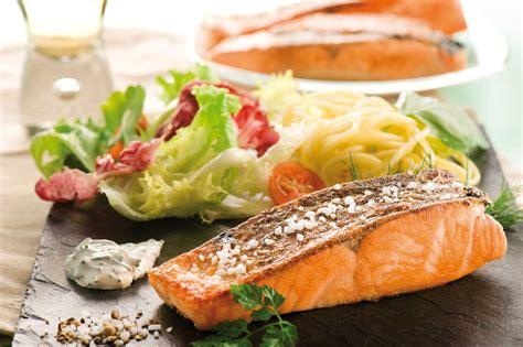 cuisiner des pav駸 de saumon pav 233 de saumon alla plancha la piazza papa