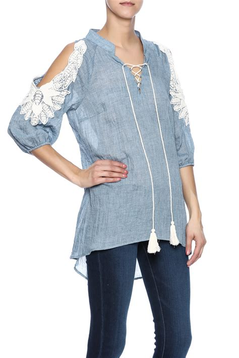 Cold Shoulder Tunic a reve cold shoulder tunic from leesburg by the